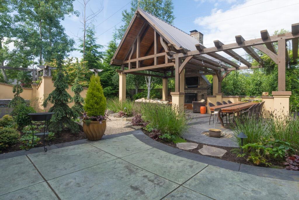 15 Cheap No Grass Backyard Ideas | MYMOVE on Cheap Backyard Ideas No Grass  id=63202
