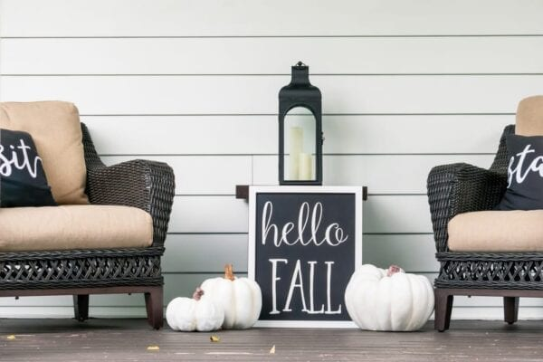 """Create a """"welcome fall"""" sign!"""