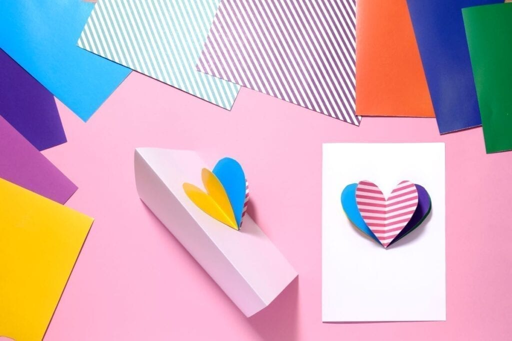 DIY cards for valentine's day made with construction paper