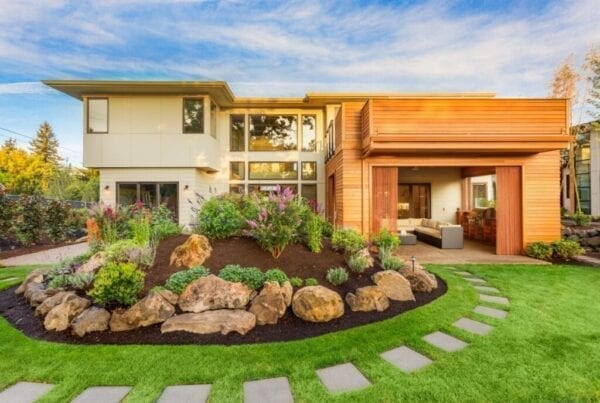 Landscaping ideas for modern home, beautiful front yard