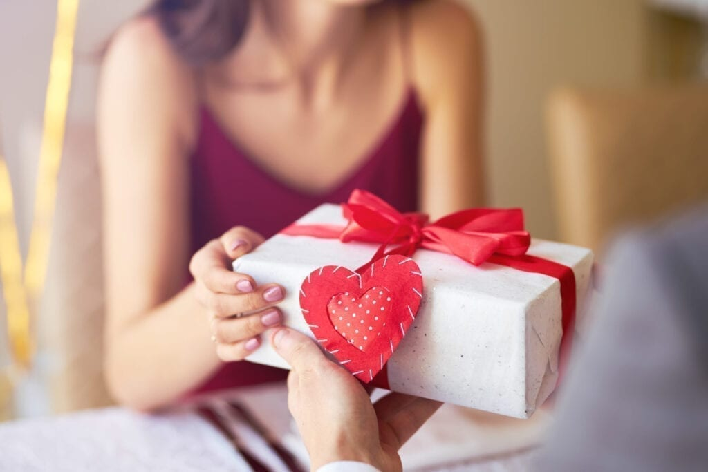 Valentine's Day gift ideas home movers